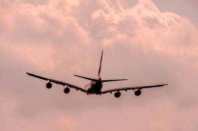 aircraft-1526567_640.jpg