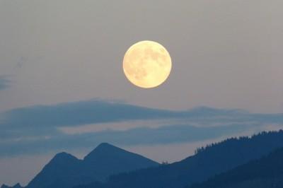 full-moon-460313_640.jpg