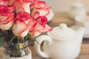 roses-1138920_640.jpg