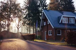 houses-1150022_640.jpg